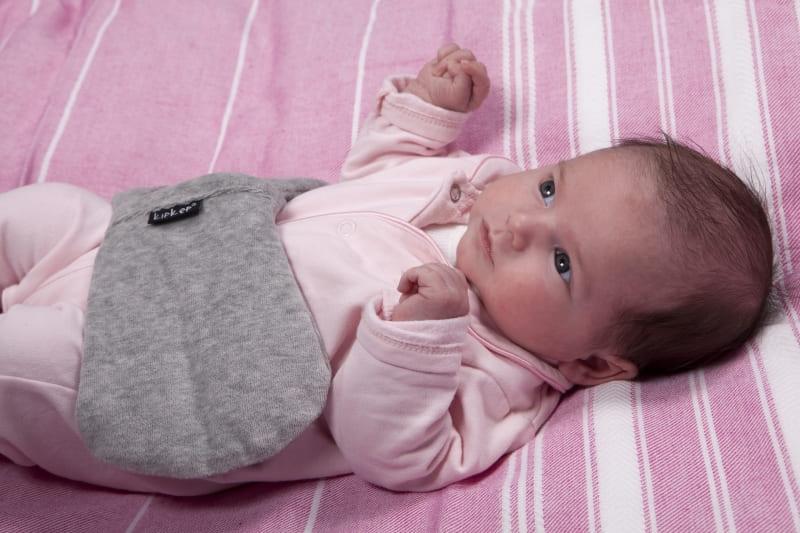 Как помочь новорожденному - колики
