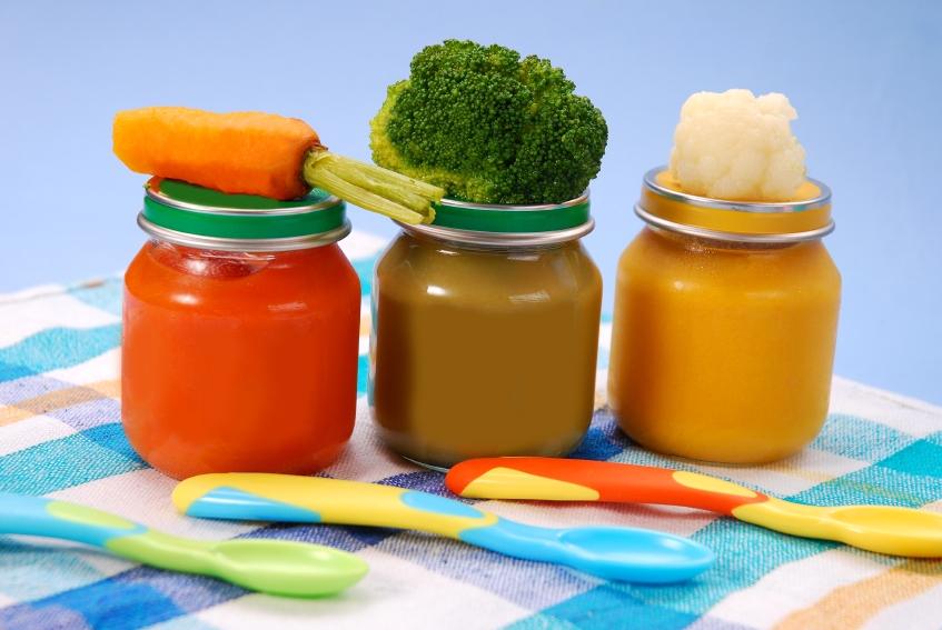 Готовое баночное детское питание