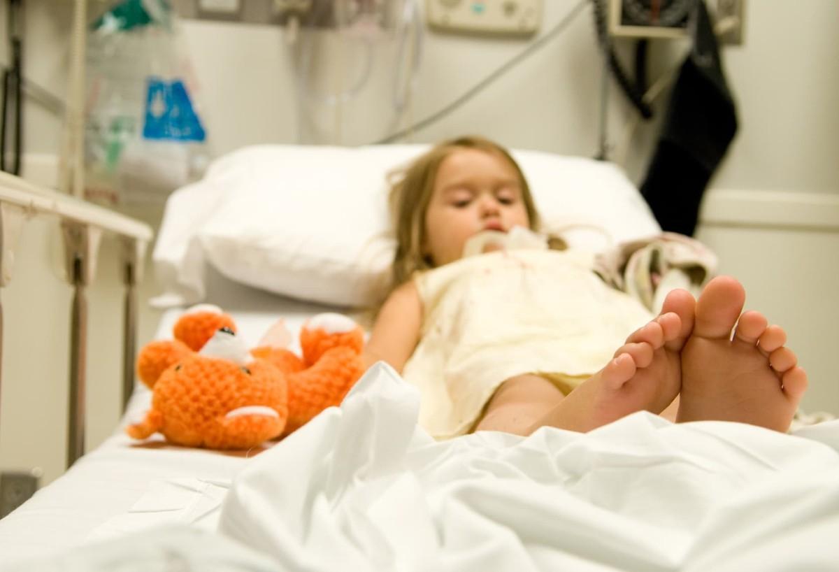 Независимо от формы заболевания дифтерию лечат только в больнице