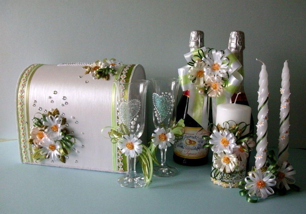 Что подарить на ромашковую свадьбу