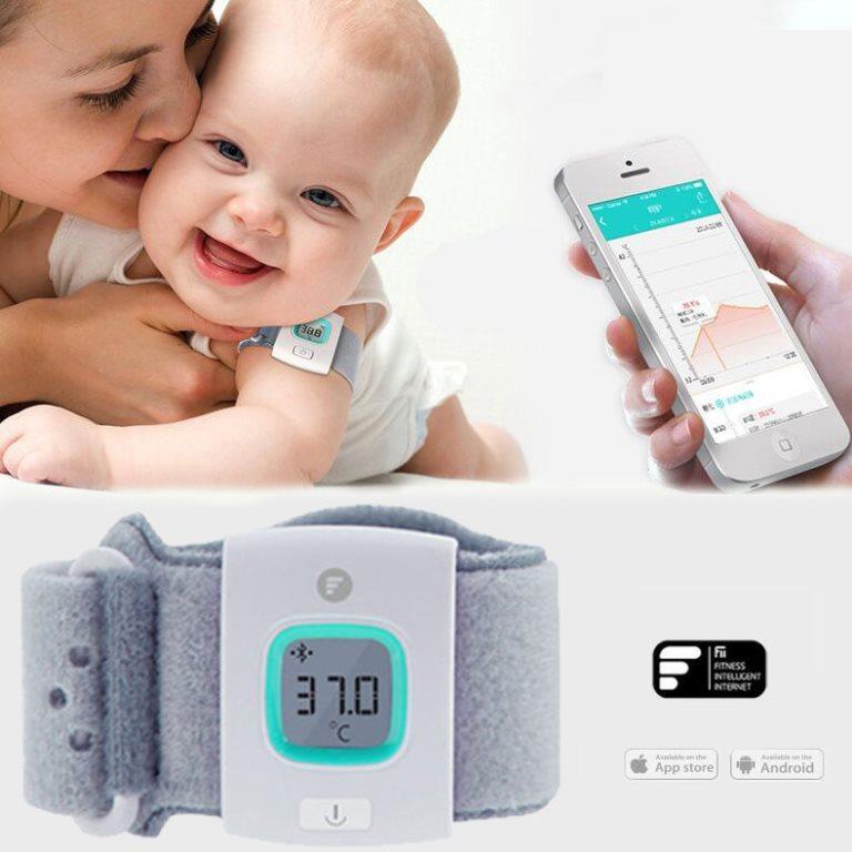 Детский термометр в виде браслета