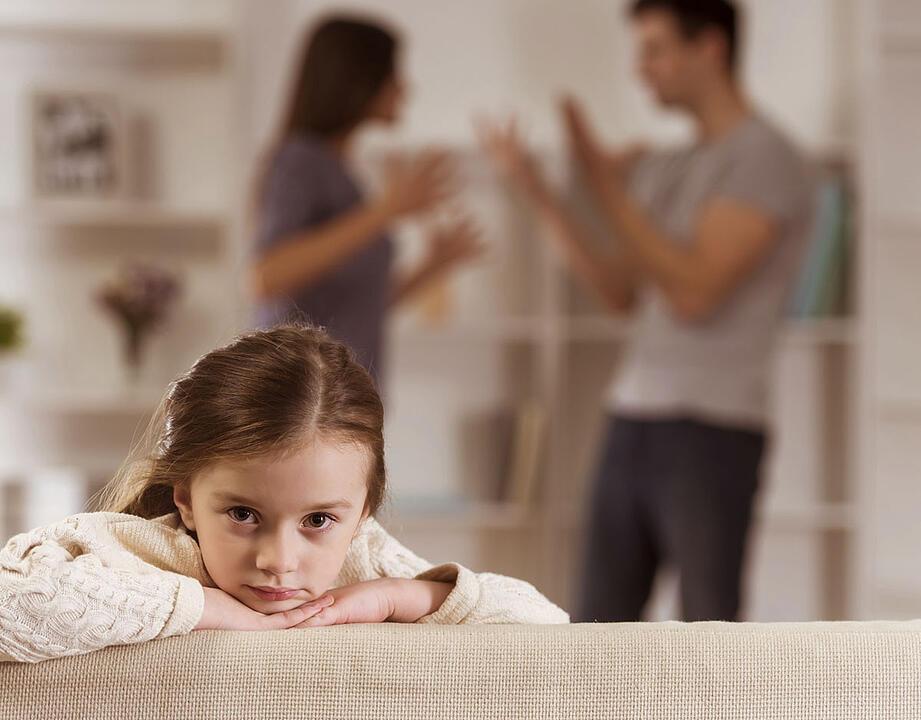 В некоторых случаях дети много едят из-за психологических проблем