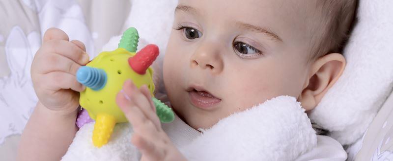 Зачем малышу прорезыватель