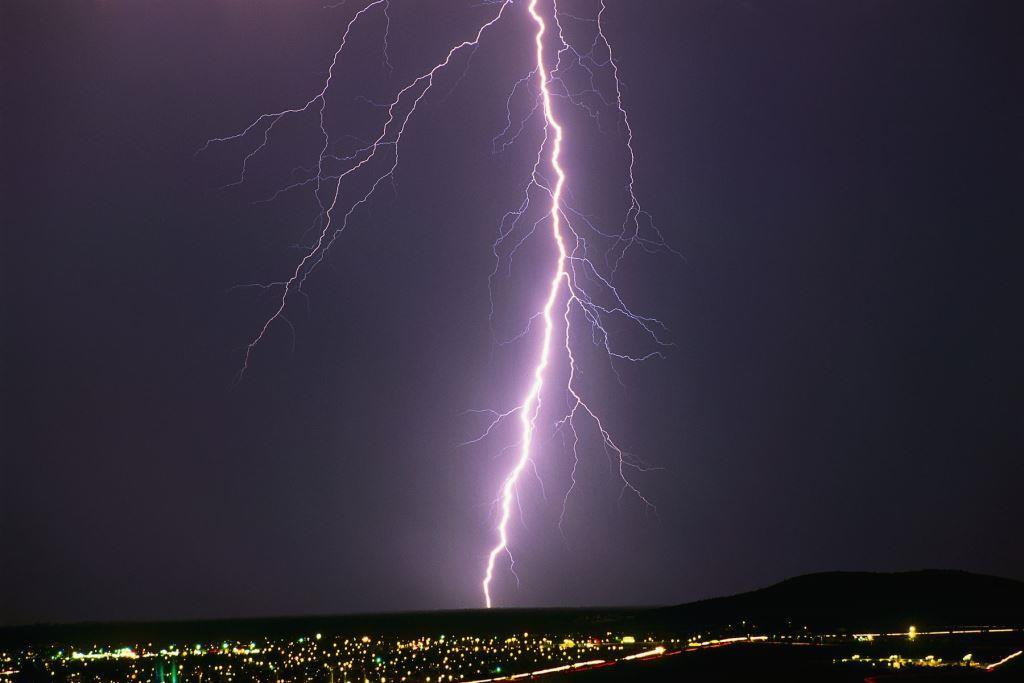 Что такое линейная молния